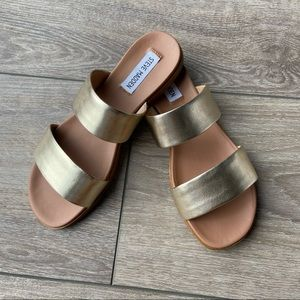 STEVE MADDEN Dual Slide Sandals In Gold Leather